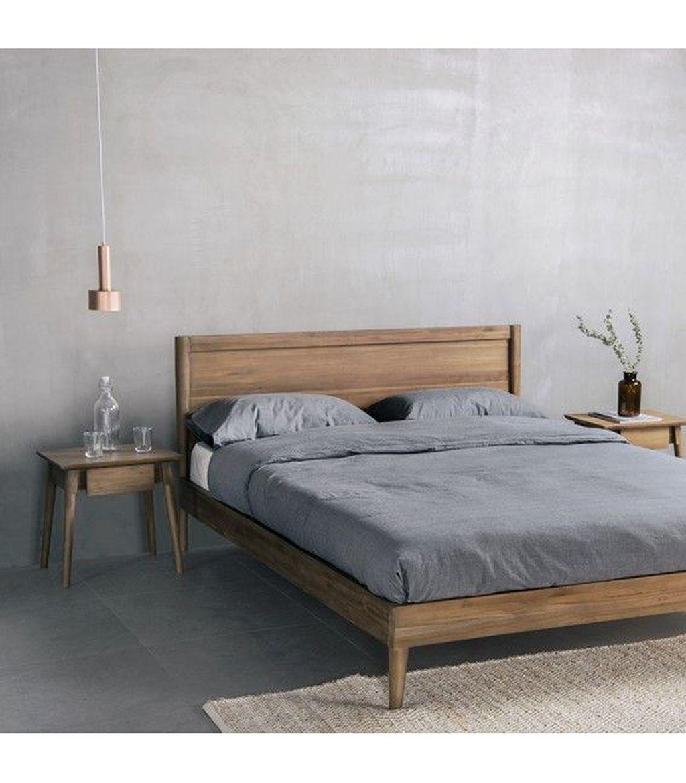 Amazing Vintage Wooden Bed Frame Design Ideas 15