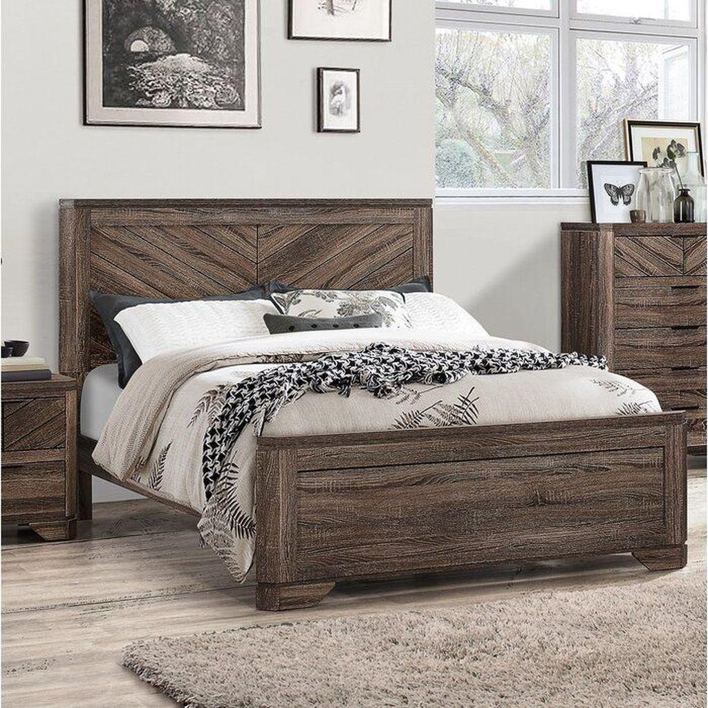 Amazing Vintage Wooden Bed Frame Design Ideas 26