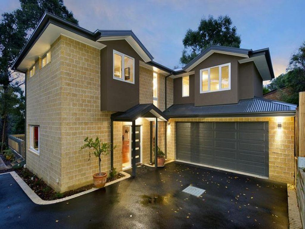 Awesome Yellow Brick House Exterior Design Ideas 01