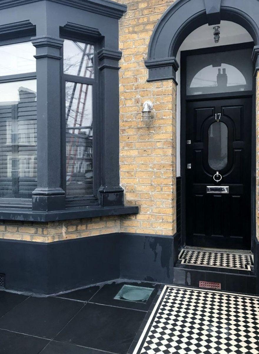 Awesome Yellow Brick House Exterior Design Ideas 15