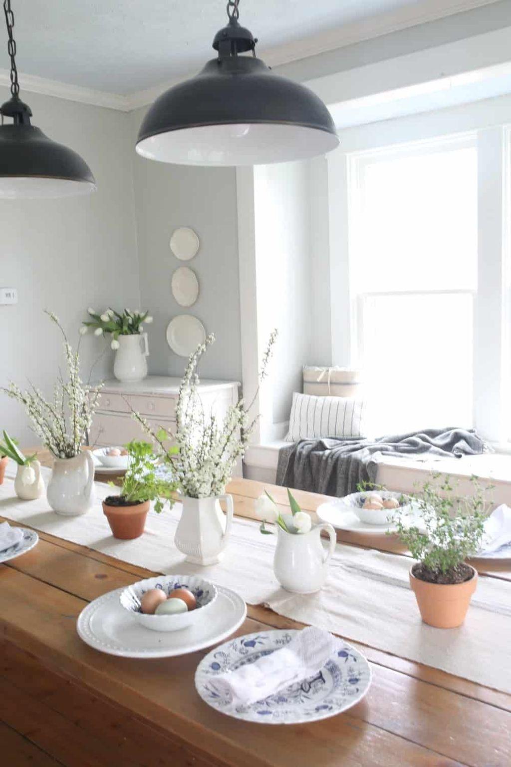 Beautiful Farmhouse Spring Table Decor Ideas 02