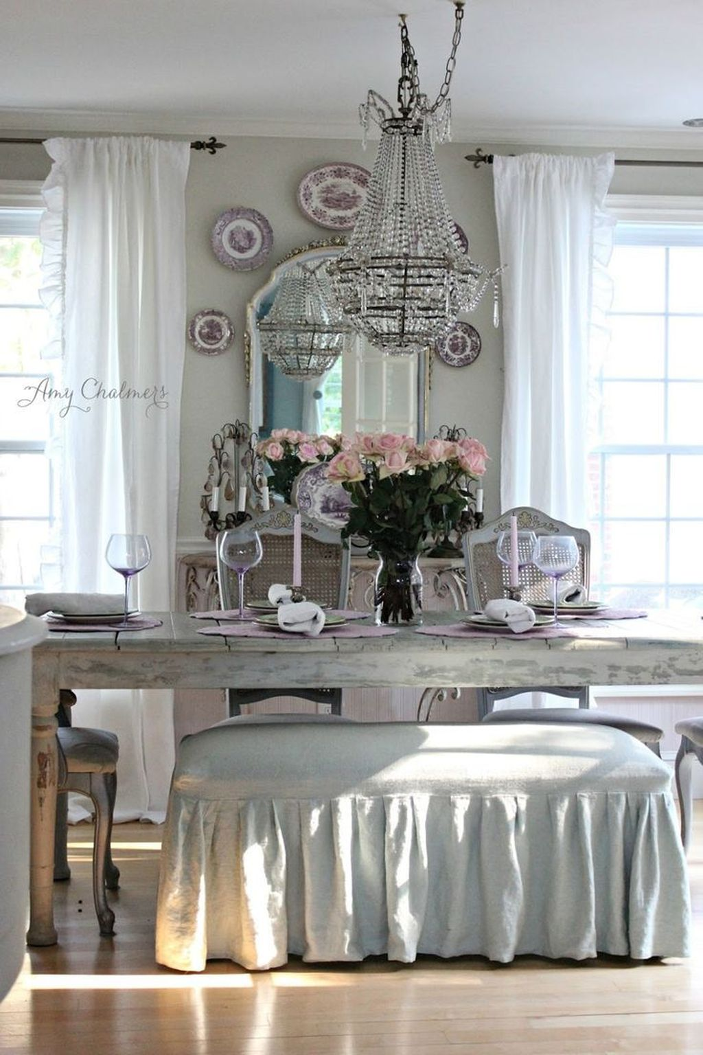 Brilliant French Dining Room Decor Ideas 04