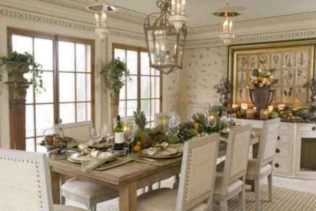 Brilliant French Dining Room Decor Ideas 17