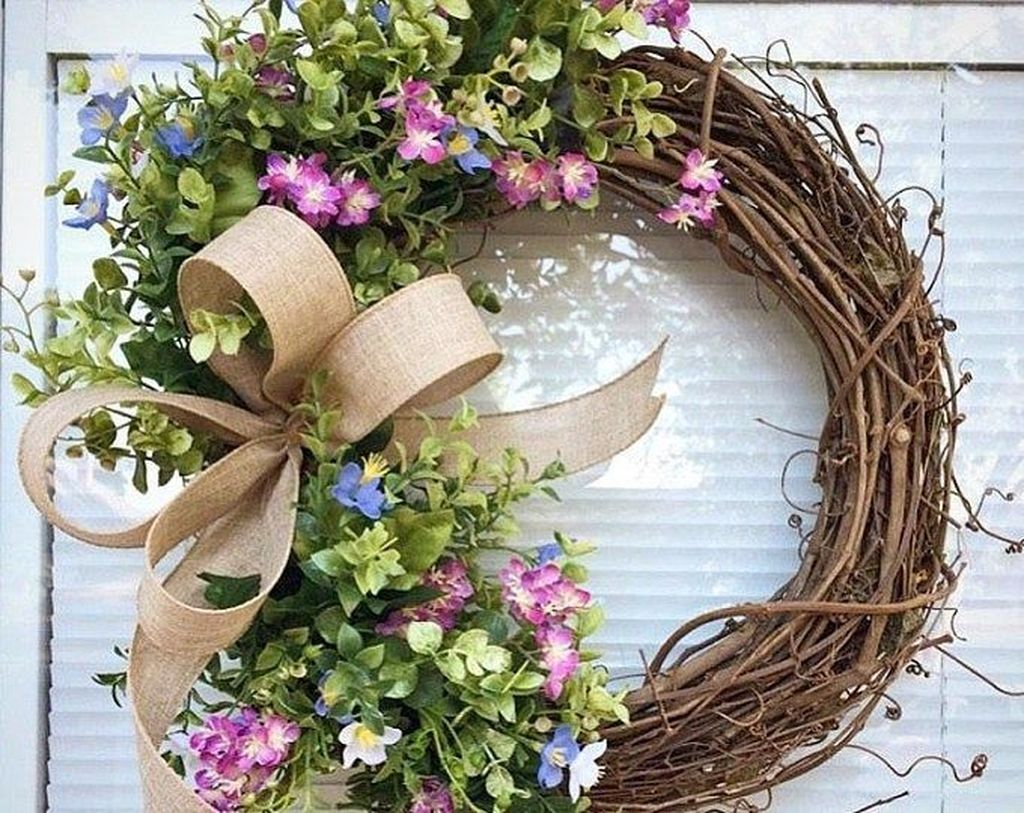 Brilliant Spring Door Wreaths Design Ideas 08