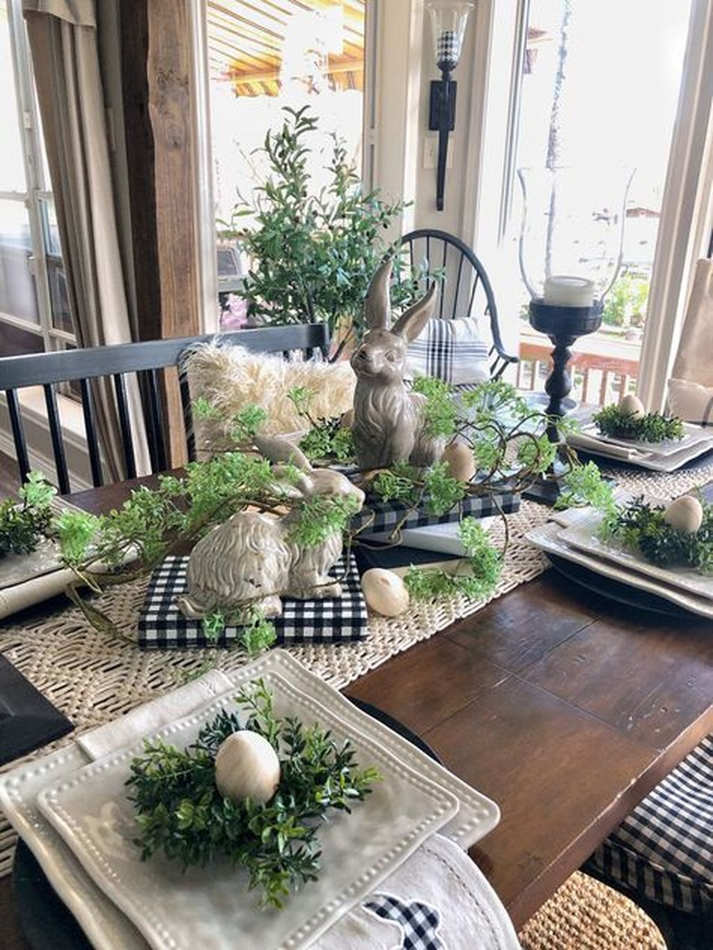 Fascinating Spring Farmhouse Decor Ideas You Should Copy 07