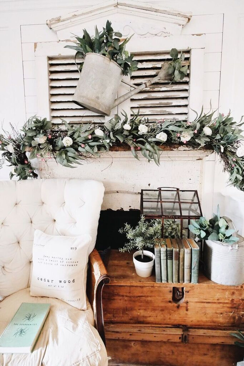 Fascinating Spring Farmhouse Decor Ideas You Should Copy 26