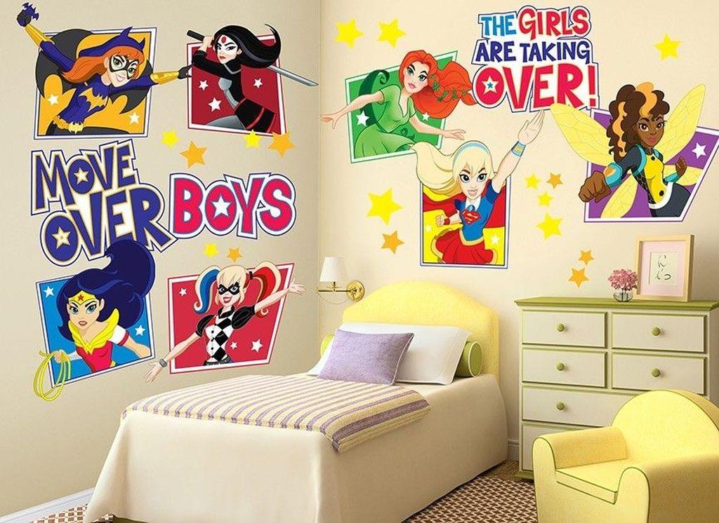 Fascinating Superhero Theme Bedroom Decor Ideas 24