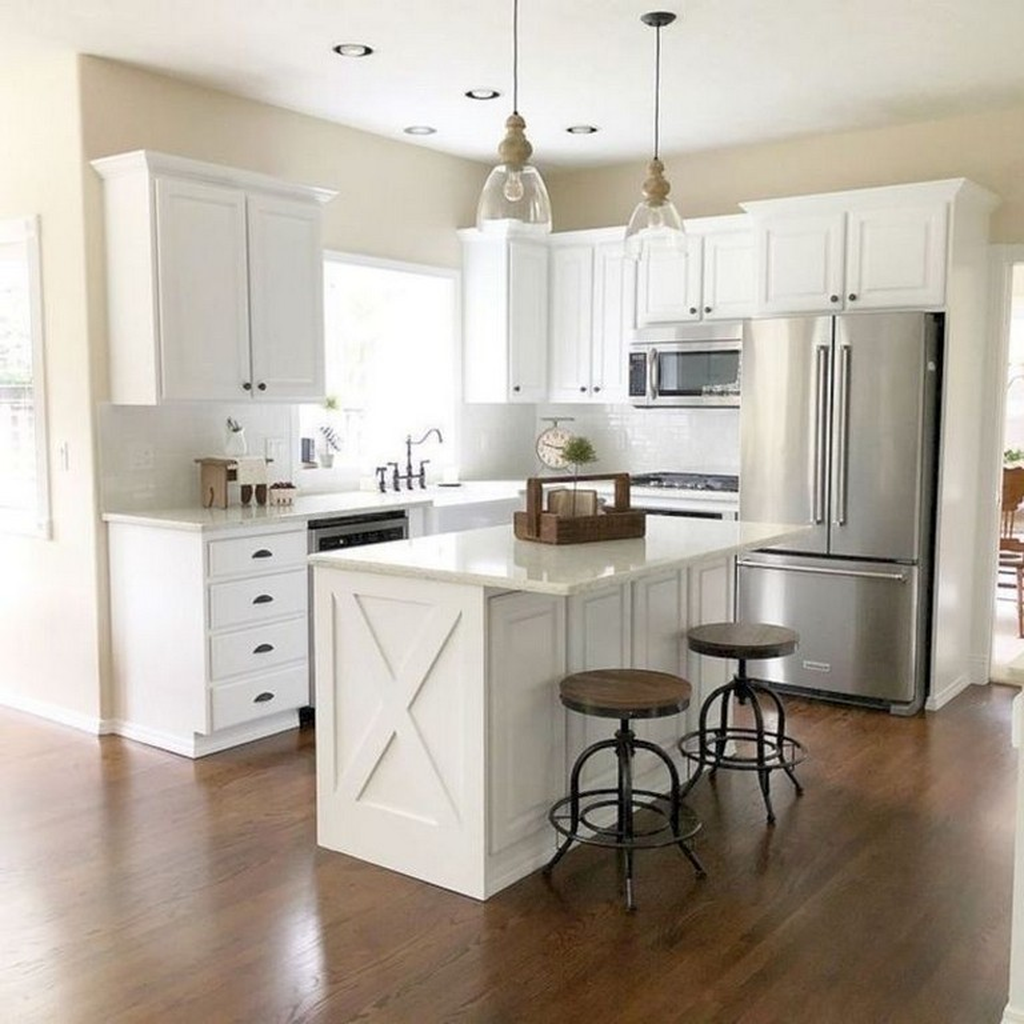 Gorgeous Small Kitchen And Dining Room Design Ideas 27