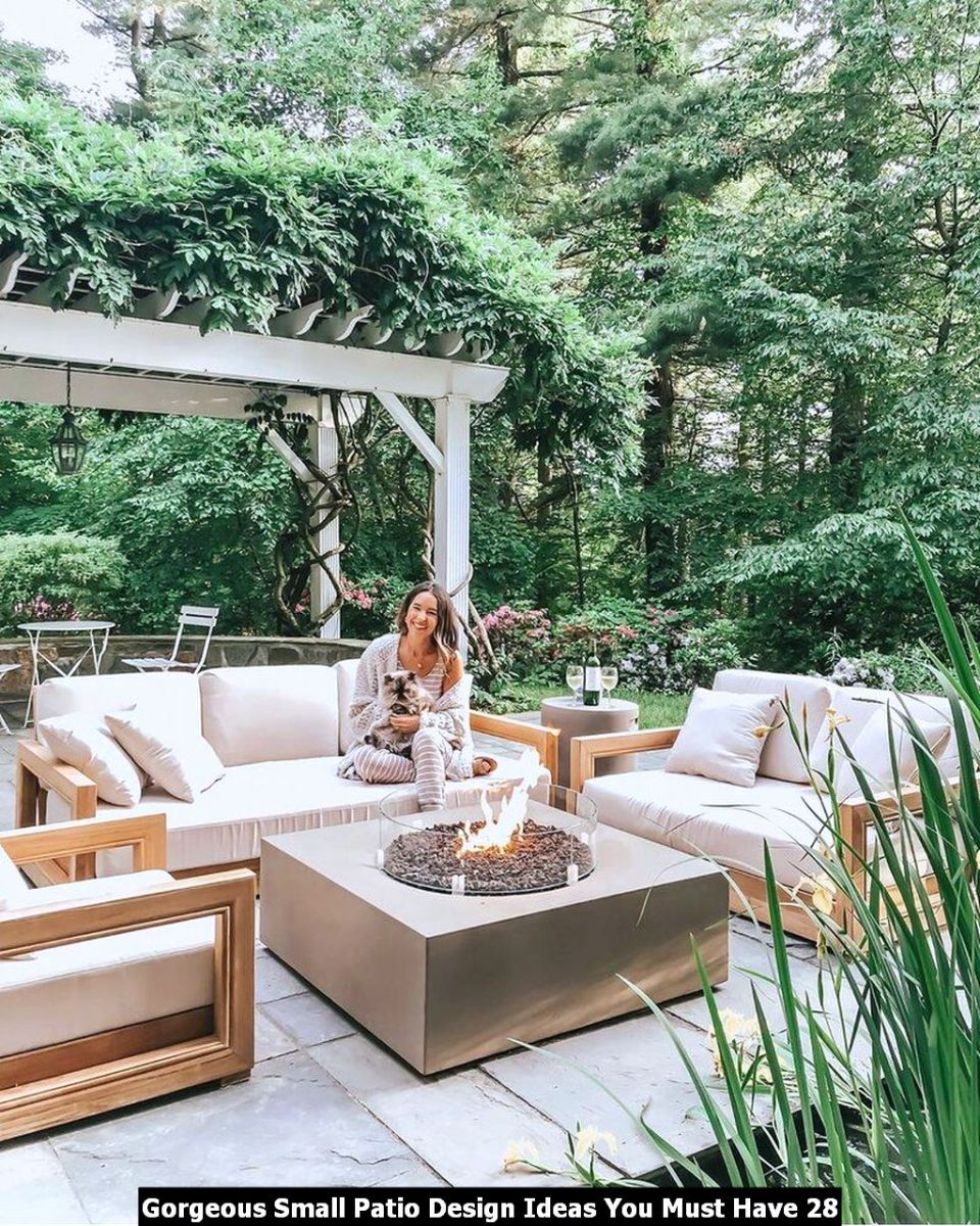 Gorgeous Small Patio Design Ideas You Must Have 28