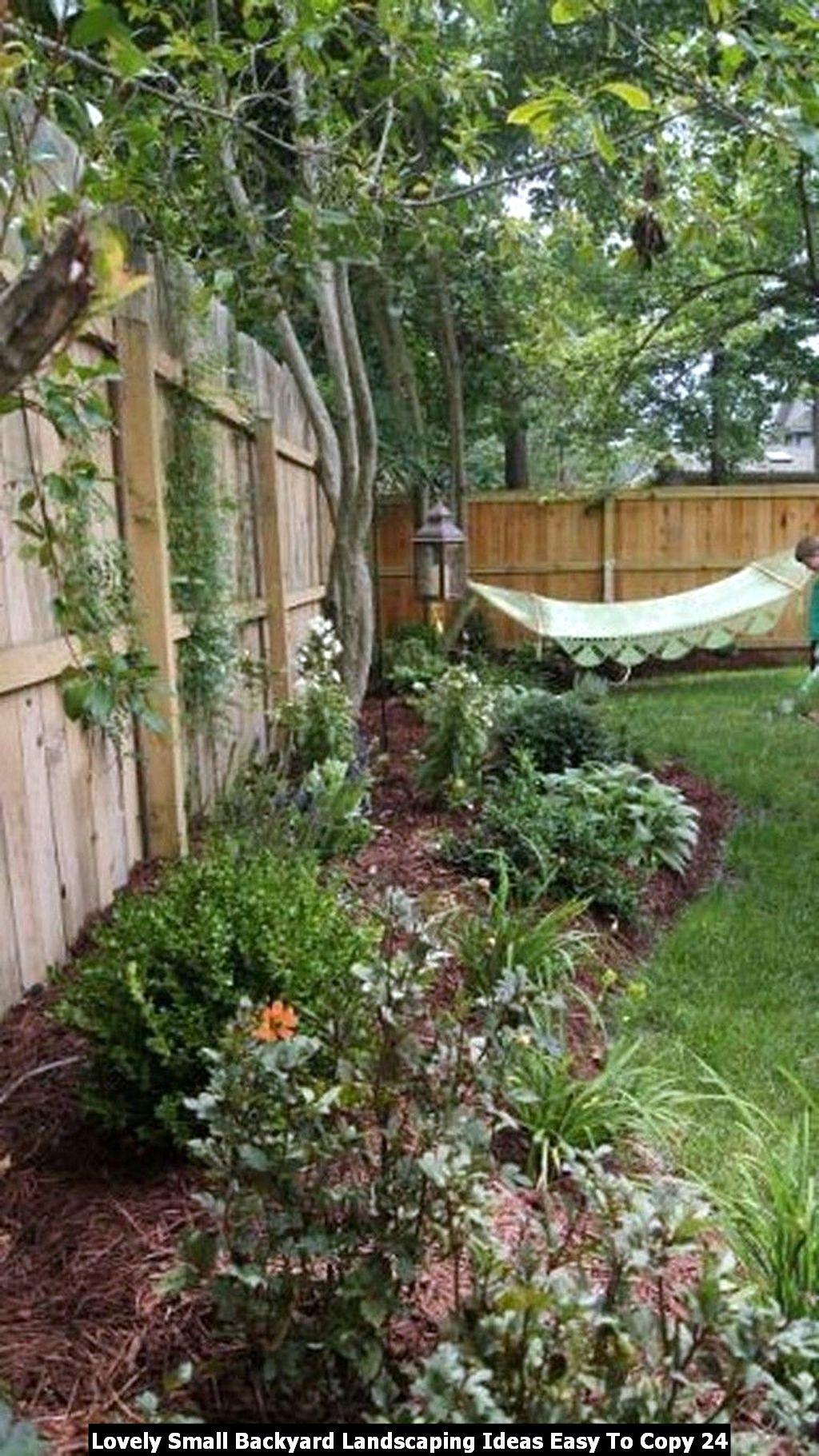 Lovely Small Backyard Landscaping Ideas Easy To Copy 24