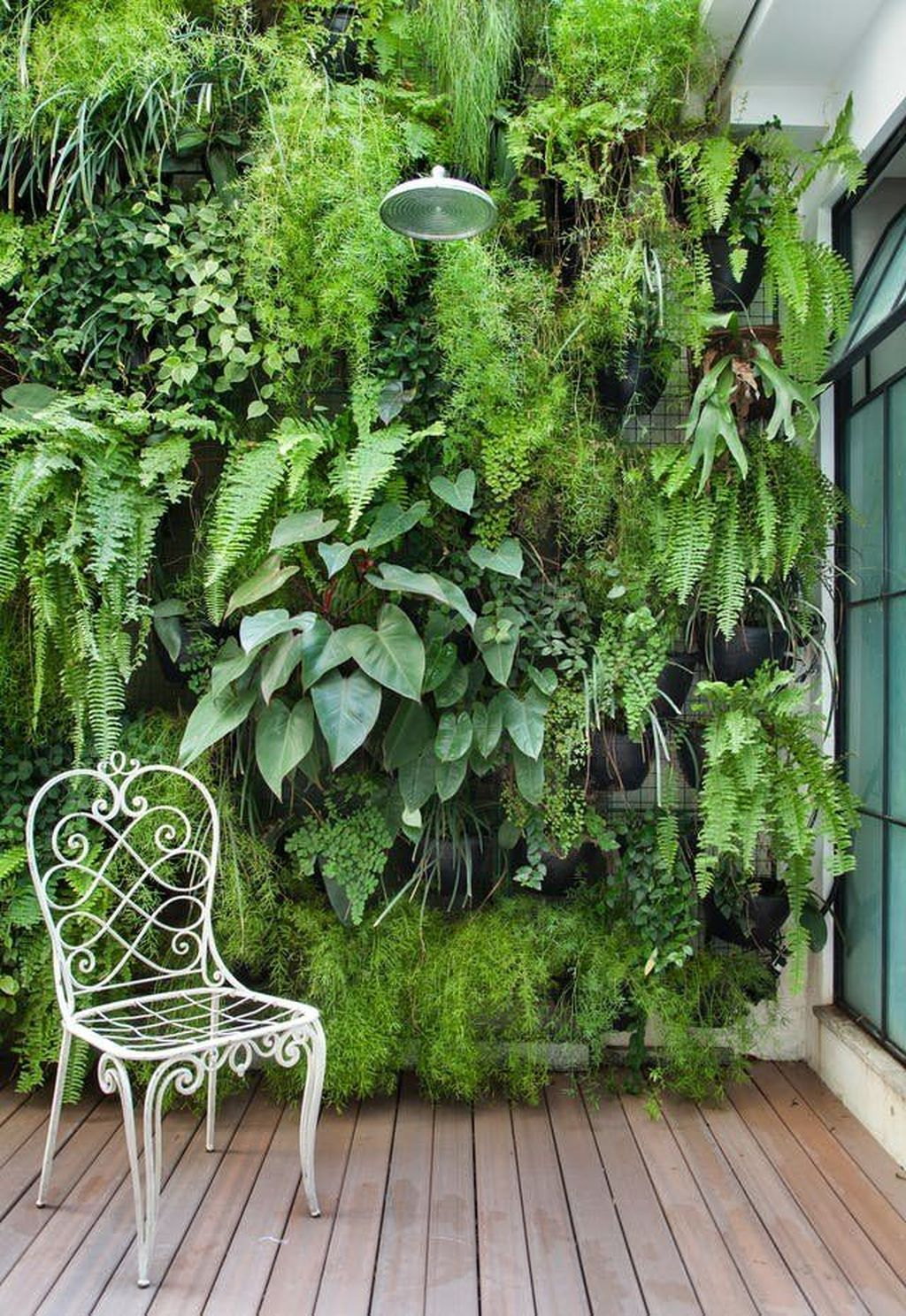 Popular Vertical Garden Wall For Outdoors Decor 20