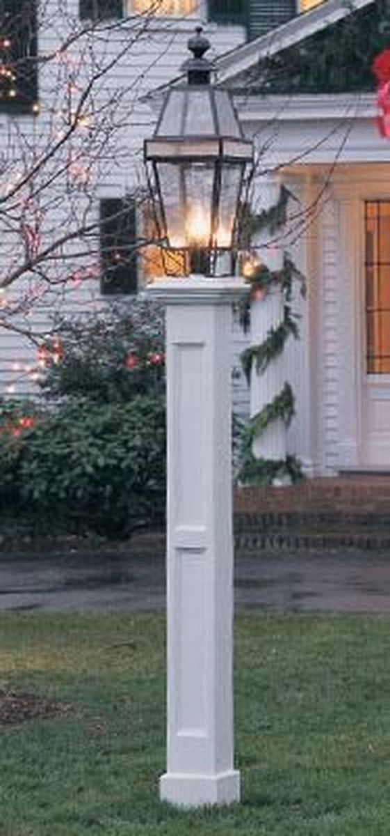 Stunning Outdoor Lamp Posts For Front Yards Decor 26