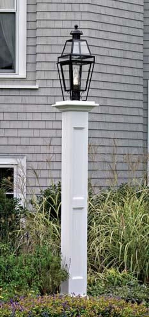 Stunning Outdoor Lamp Posts For Front Yards Decor 34