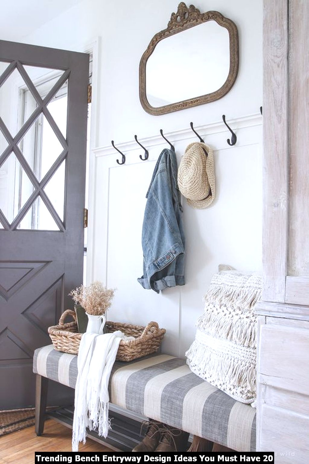 Trending Bench Entryway Design Ideas You Must Have 20