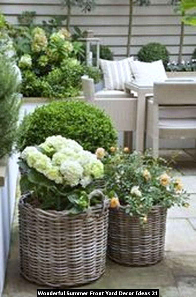 Wonderful Summer Front Yard Decor Ideas 21
