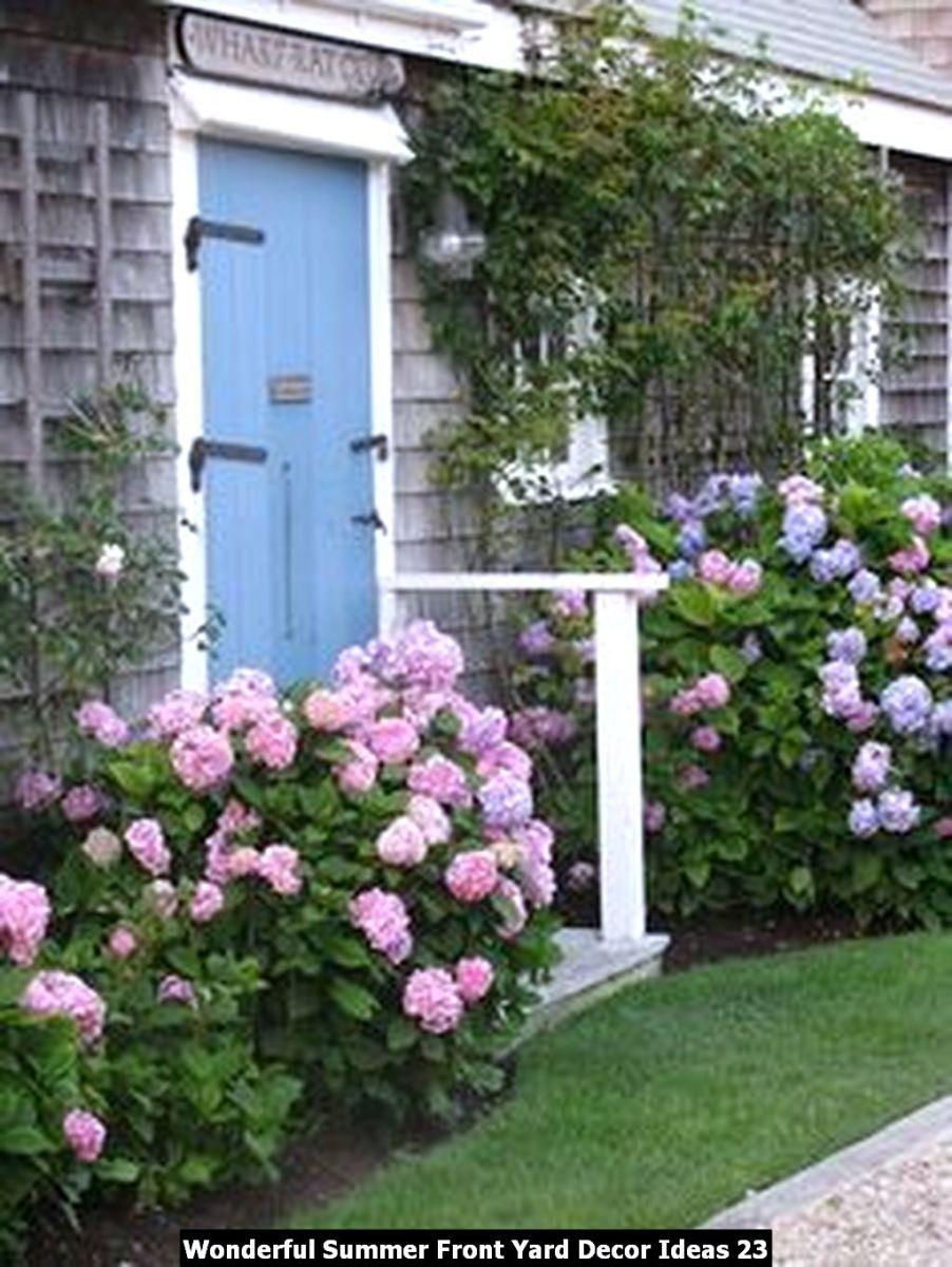 Wonderful Summer Front Yard Decor Ideas 23