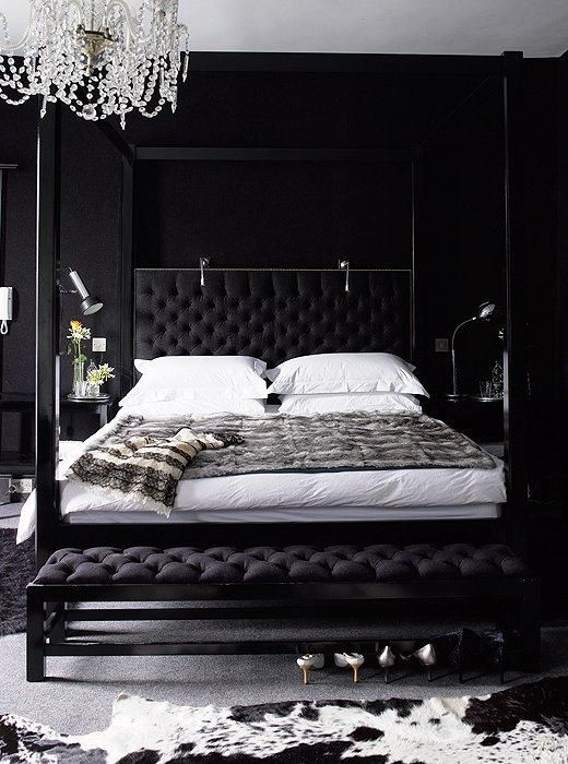 Black Bedroom Decor