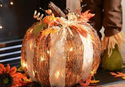 Light Up Fall Decor