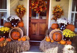 Outdoor Fall Decorating Ideas Doors & Porches