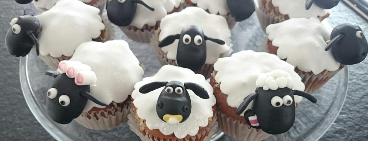 Shaun das Schaf Muffins  Motivtorten von Ingrid Miller