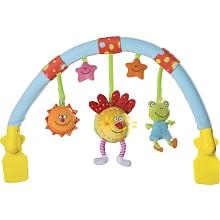 Taf Toys - Arche musicale pour poussette L'arche musicale de poussette de Taf Toys est une arche étonnante et pratique. Ses trois poupées réagissent au toucher pour jouer de la musique et faire de la lumière. Avec sa pince de fixation