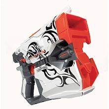 Nerf Vortex - Diatron Avec ce pistolet tu peux tirer 2 disques à la fois à chaque pression sur la détente !8 disques inclusTir 2 disques à la foisSe recharge rapidementAvec ce pistolet tu peux tirer deux disques à la fois à chaque pression sur la détente !De plus