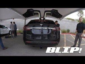 Test du crossover électrique Tesla Model X – YouTube