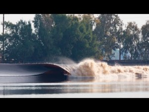La vague articielle de Kelly slater, le Kelly's Wave – YouTube
