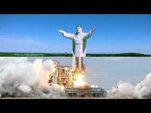 Cassius – Go Up ft Cat Power & Pharrell Williams (Official Video) – YouTube  Le clip officiel à voir absolument tellement il est WTF