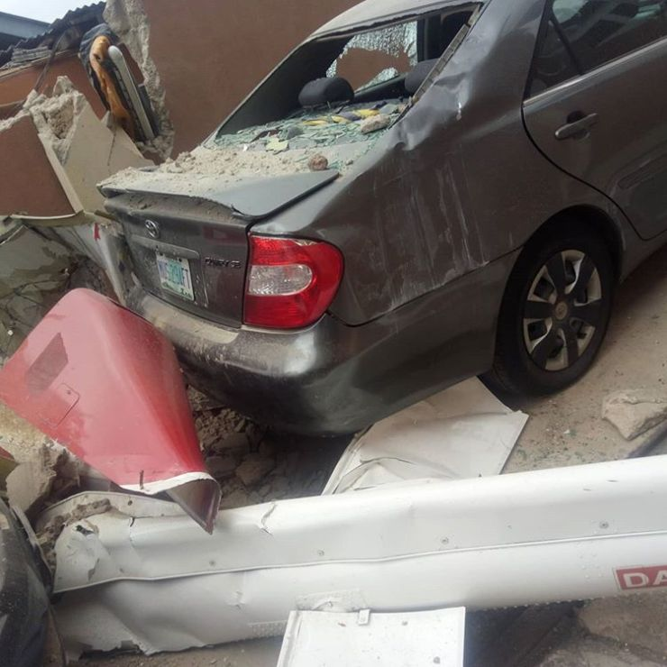 Just In: Helicopter Crashes Into A Building In Nigeria 9