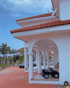 Hajia 4real put her luxury house and her expensive cars at Trassaco on Display 3