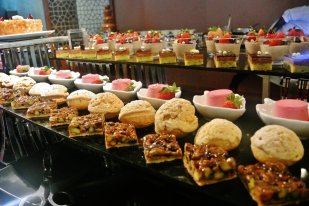 Friday Brunch at The Square, Intercontinental Doha The City
