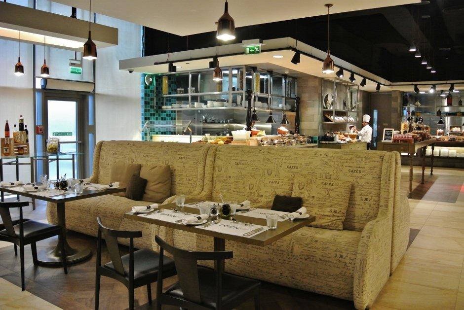 Open Restaurant, Doubletree by Hilton Doha