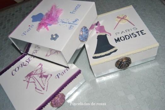 Cajas de cartón plateadas (4)