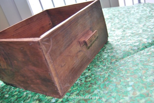 Cajón con papel pintado (5)