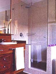 PINCEL CRISTAL  Mamparas de bao y puertas de cristal con bisagra o corredera