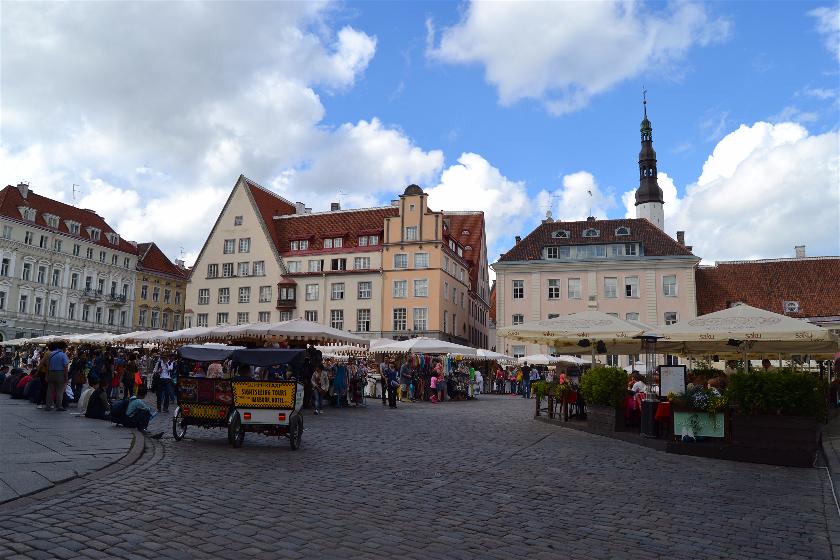 Plaza del Ayuntamiento, Tallin, Estonia