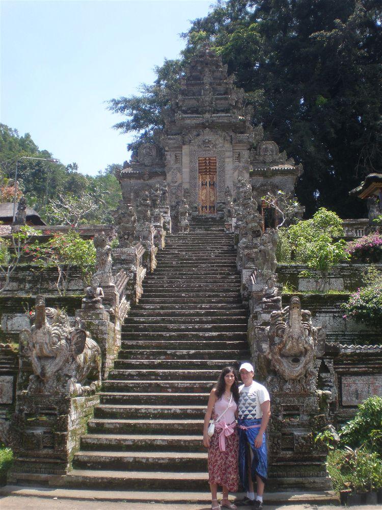 Diario Bali (Indonesia) – Septiembre 2011: Día 4: Klungkung, Bangli, Pura Kehen, Penglipuran, Kintamani, Pura Beji, Lovina