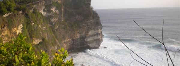 Diario Bali (Indonesia) – Septiembre 2011: Días 7-8: Semar Kuning, Kuta, Uluwatu, Danza Kecak, Nusa Dua