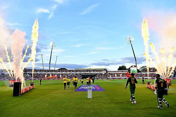 What on earth is cricket officialdom thinking?