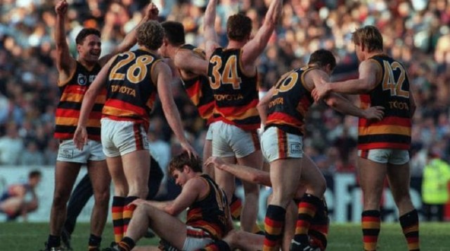 Footy Flashback: Adelaide vs Western Bulldogs 1997 and 1998 Preliminary Finals