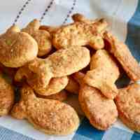 The Easiest Homemade Goldfish Crackers