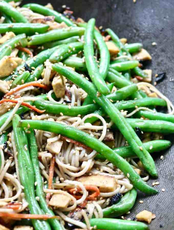 Soba Noodles with Veggies and Tofu