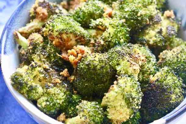 Cheesy Vegan Broccoli