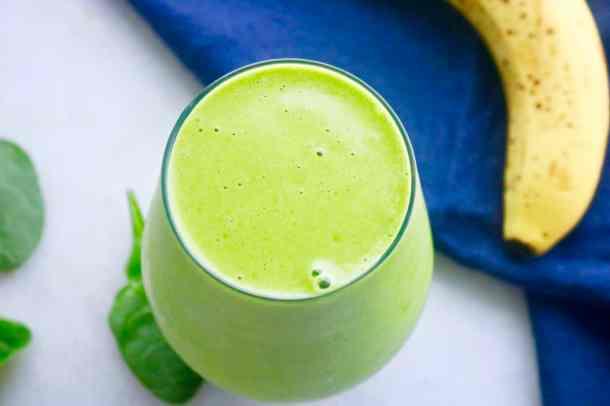 Overhead shot of 4 ingredient simple green smoothie