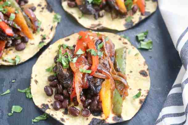 Black bean veggie fajitas photo