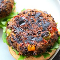 The BEST Healthy Black Bean Burgers
