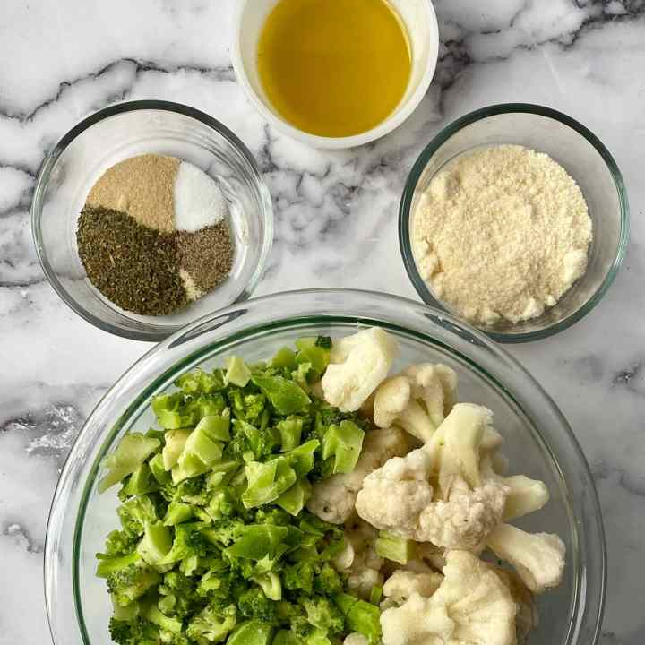ingredients for seasoned broccoli and cauliflower