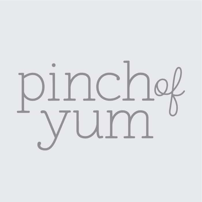 Pinch of Yum Logo