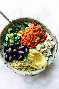 Mediterranean Quinoa Bowls with Roasted Red Pepper Sauce ...